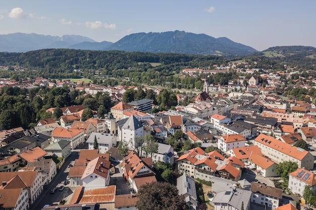 Panorama de bad tolz, pequena cidade no sul da alemanha