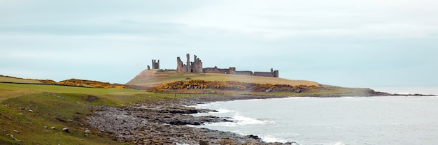 Panorama do castelo de dunstanburgh