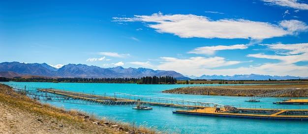 Panorama, em, salmão, cultive fazenda, ilha sul, nova zelândia