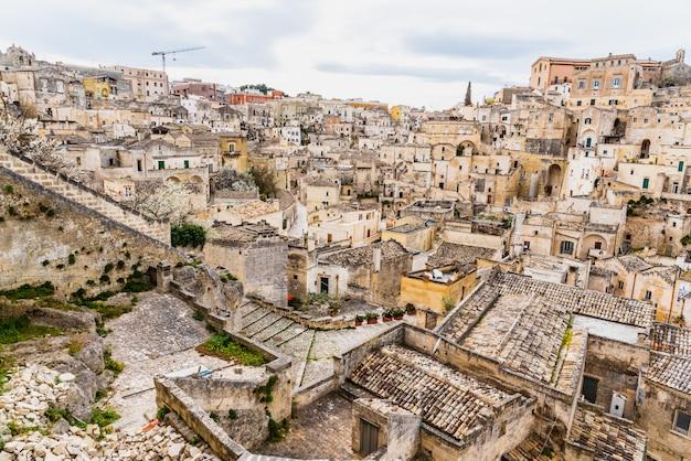 Panoramas da antiga cidade medieval de matera