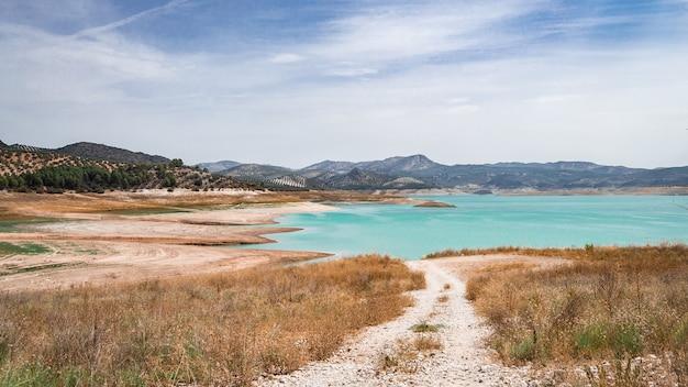 Pântano seco de iznajar, córdoba. espanha