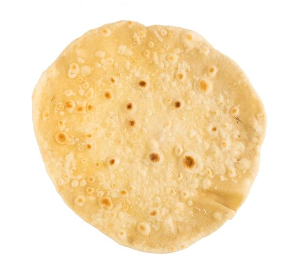 Pão achatado trigo isolado