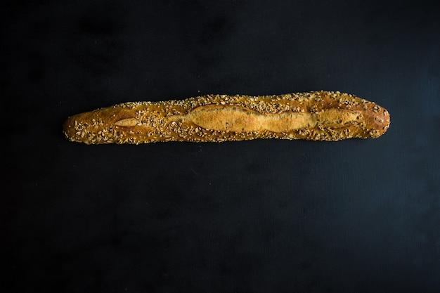Pão caseiro com sementes