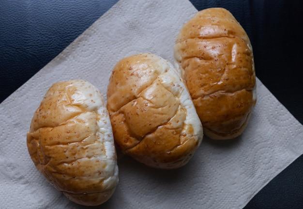 Pão caseiro na mesa