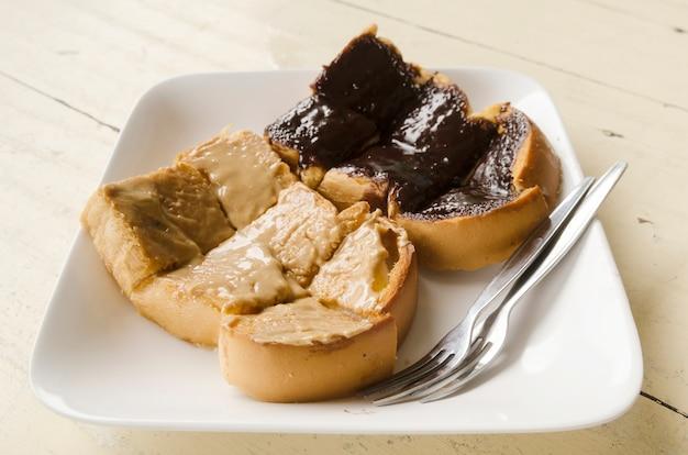 Pão com creme de chocolate nutella
