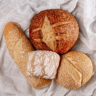 Pão cozido delicioso close-up