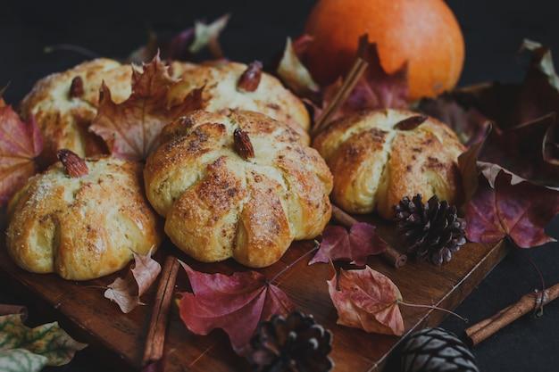 Pão de abóbora para o dia de ação de graças