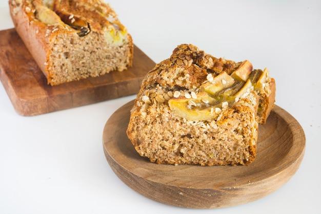 Pão de banana com aveia