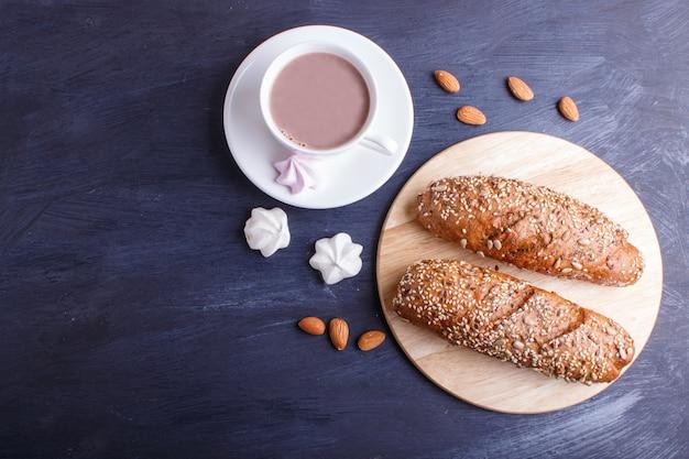 Pão de centeio com sementes de girassol