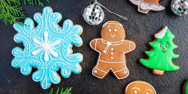 Pão de gengibre natal doce biscoito biscoito sobremesa bolo bolos caseiros ano novo cópia espaço comida