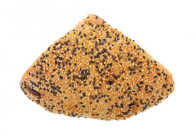 Pão de gergelim em branco isolado