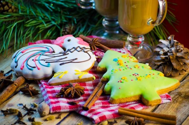 Pão de mel e chocolate festivos de natal e ano novo