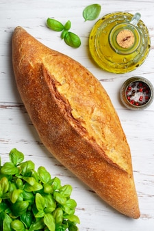 Pão de trigo caseiro recém-assados