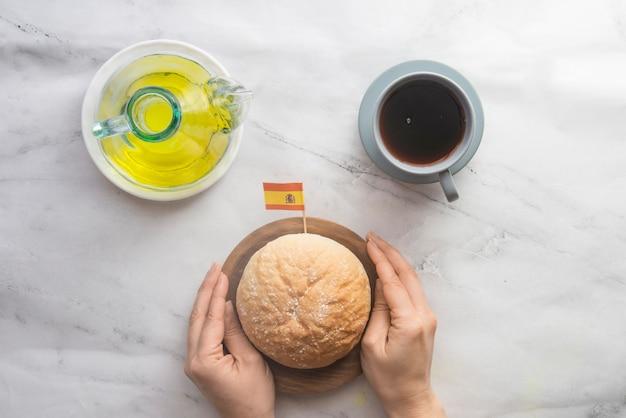 Pão e óleo