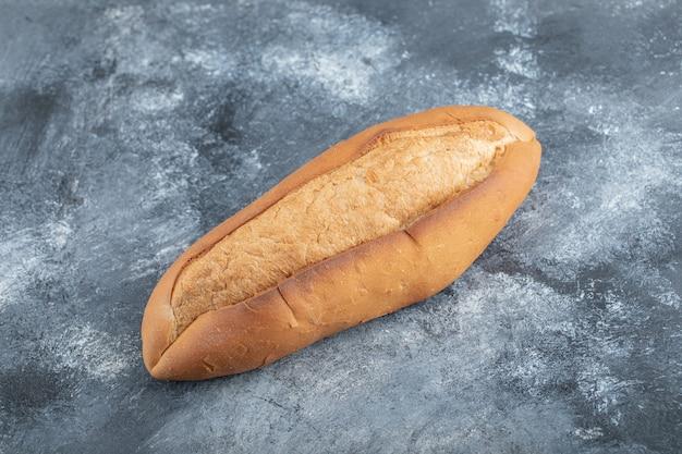 Pão em fundo cinza. foto de alta qualidade