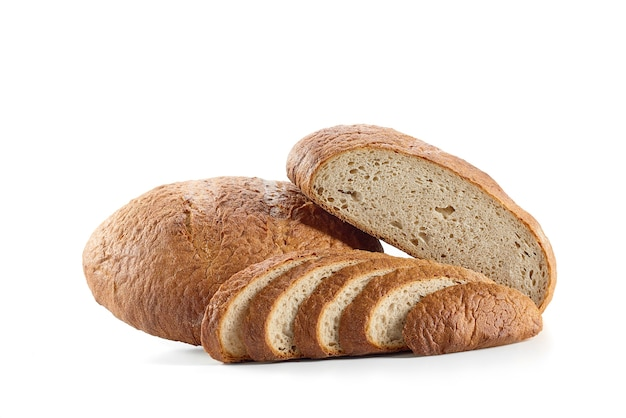 Pão fresco isolado no branco
