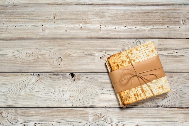 Pão matzo tradicional judaica da páscoa