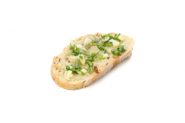 Pão torrado com alho isolado no branco