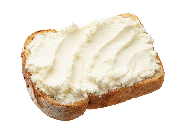Pão torrado com cream cheese isolado no fundo branco