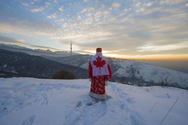 Papai noel com bandeira canadense