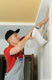 Papéis de parede adesivos de trabalhador.