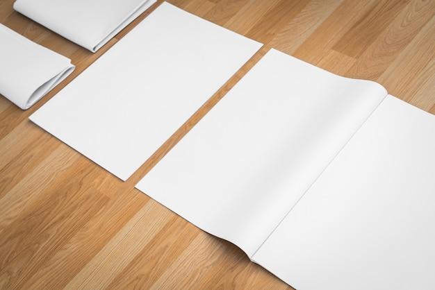 Papéis e uma almofada em branco