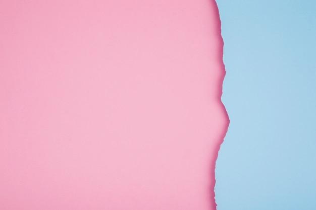 Papéis rasgados de cores pastel
