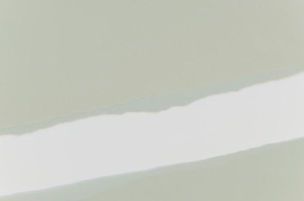 Papel cinza rasgado