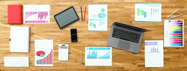 Papel com gráfico de negócios na mesa de escritório de madeira