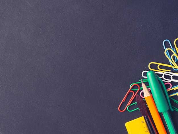 Papel de carta colorido de volta à escola