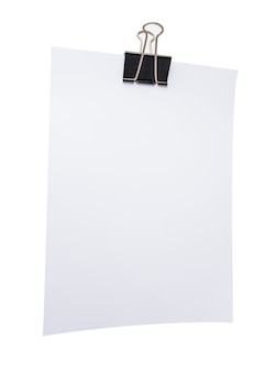 Papel de nota branco com clipe de papel em branco