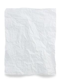 Papel de nota enrugado isolado no fundo branco