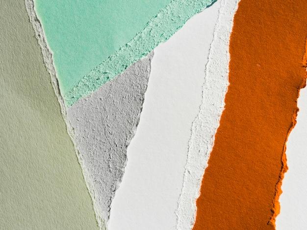 Papel rasgado multicolorido