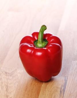 Páprica vermelha fresca