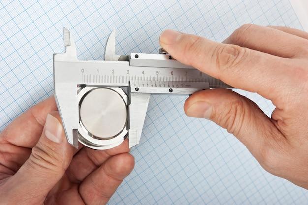 Paquímetro medida do tamanho dos detalhes