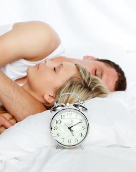 Par, cama, foco, alarme, relógio
