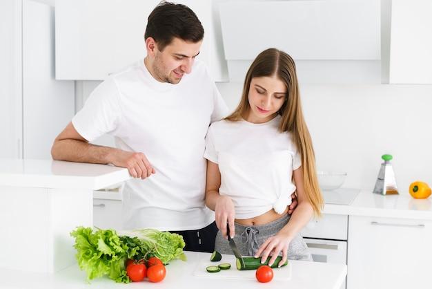 Par, corte, legumes
