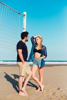 Par, falando, perto, voleibol, rede