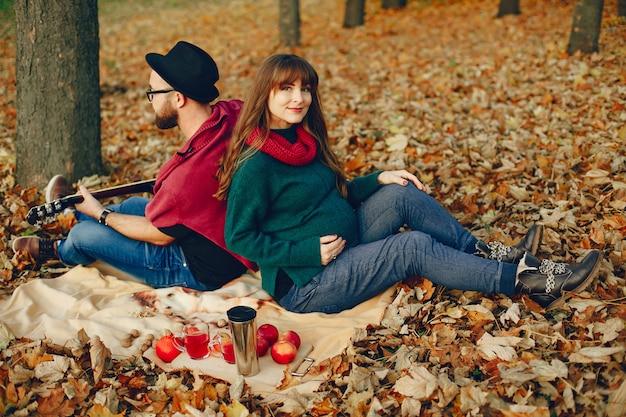 Par, gastar, tempo, em, um, outono, parque