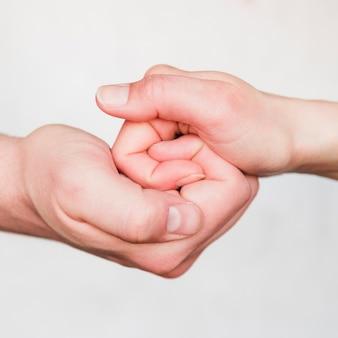 Par, segurando, mãos