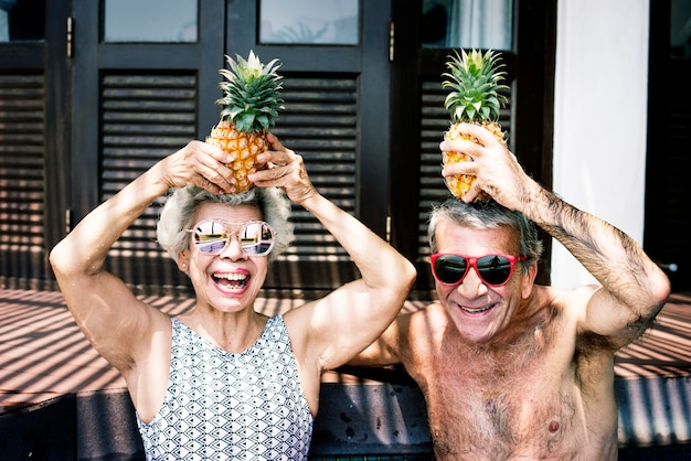 Par velho, desfrutando, seu, férias