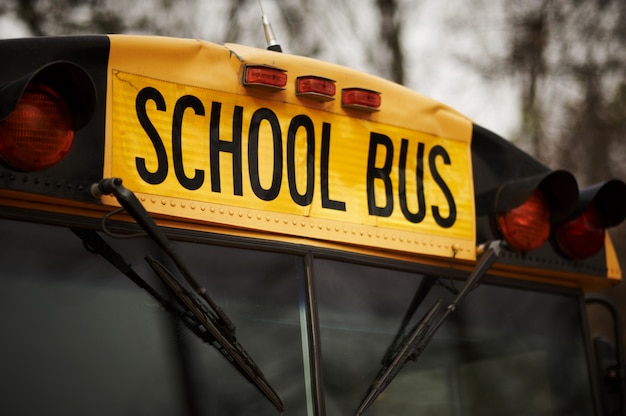 Pára-brisa de ônibus escolar norte-americano