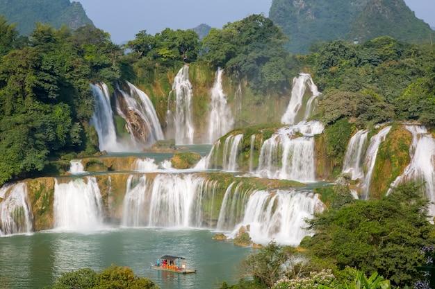 Paradise vietnam background flow cascata rural
