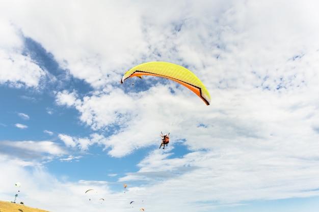 Paraplane voando alto
