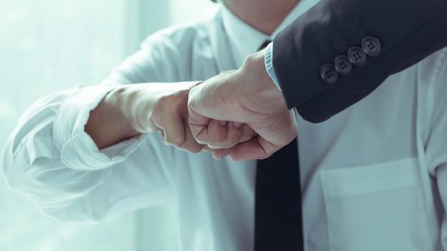 Parceiros de negócios confiança