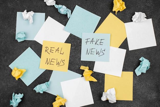 Pare o conceito de notícias falsas com post-its flat lay