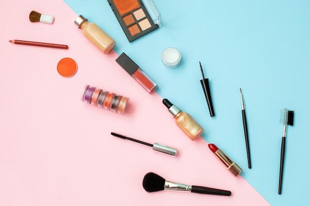 Parede de ferramentas de cosméticos maquiagem e cosméticos de beleza.