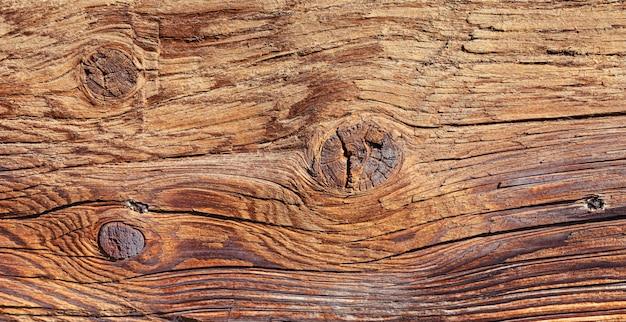 Parede de madeira de toras