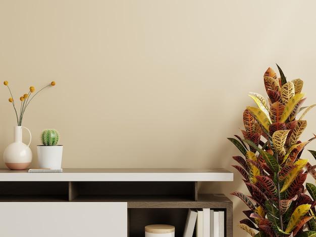 Parede de maquete com planta, parede de cor creme e prateleira renderização 3d