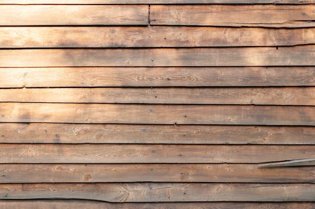 Parede de tábua de madeira marrom
